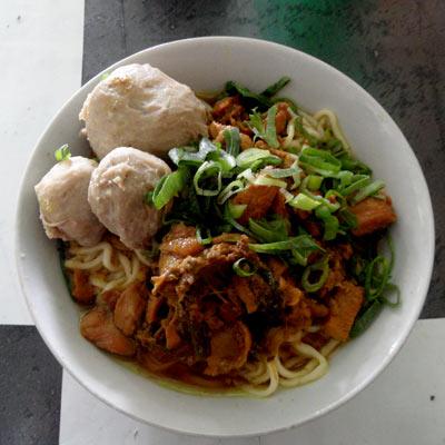 Makanan siap saji kue dan oleh oleh khas yogyakarta pesansaja com